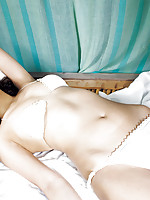 Maomi Yuuki Asian is perfect model to pose in different places